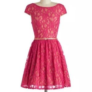 Modcloth Surprise to the Occasion Dress, Size 7